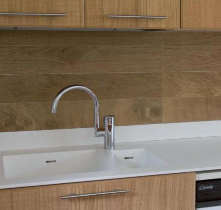 Top cucina in solid surface con lavello integrato